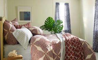 RXCI-John-Robshaw_bedroom-global-inspired-bedding_s4x3.jpg.rend.hgtvcom.1280.960